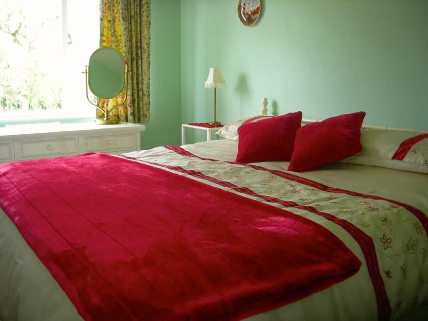 Red Bedroom Walpole Farm House Accommodation